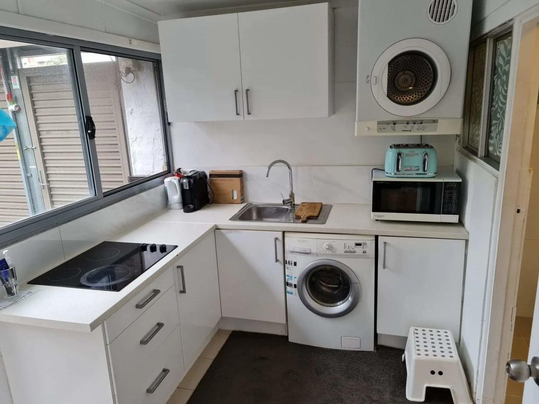 $390, Granny-flat, 1 bathroom, Lynch Lane, Enmore NSW 2042