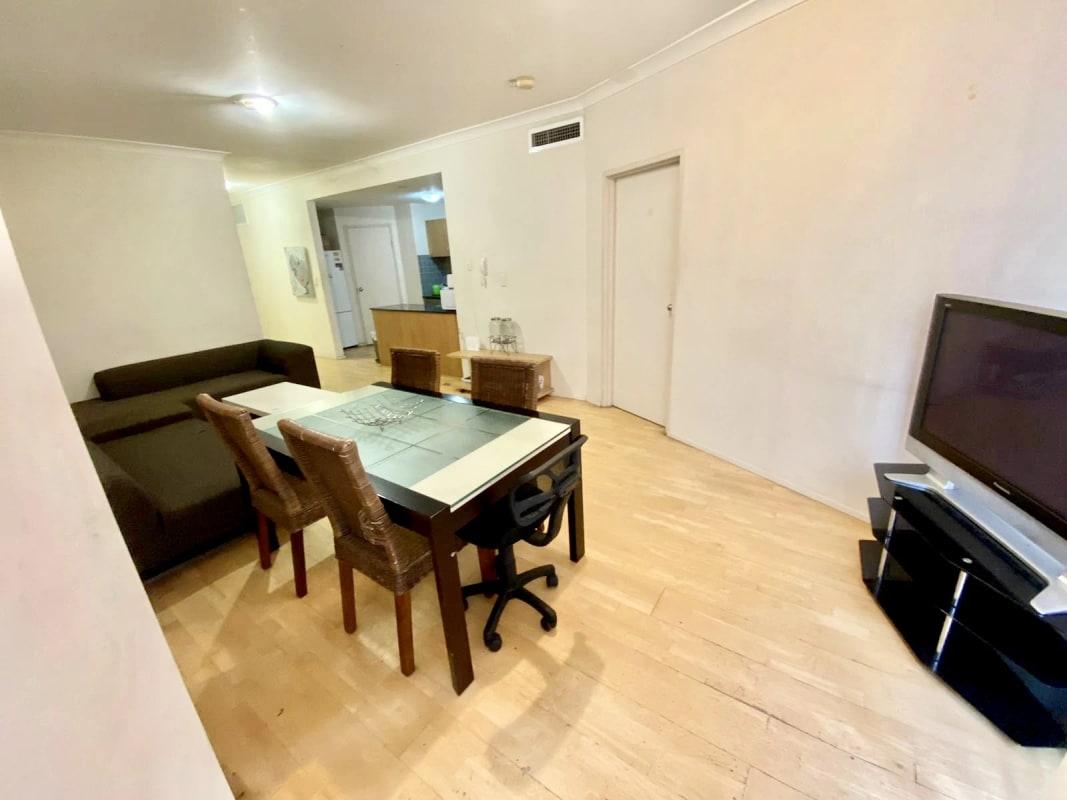 $275, Flatshare, 2 bathrooms, Elizabeth Street, Surry Hills NSW 2010