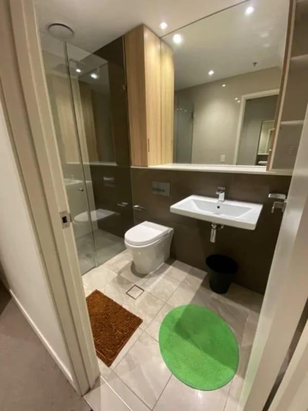 $390, Flatshare, 3 bathrooms, Day Street, Sydney NSW 2000