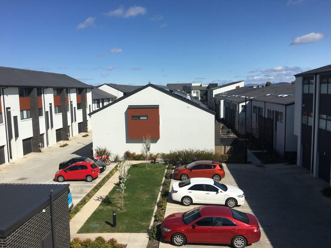 $200, Share-house, 3 bathrooms, Flemington Road, Harrison ACT 2914
