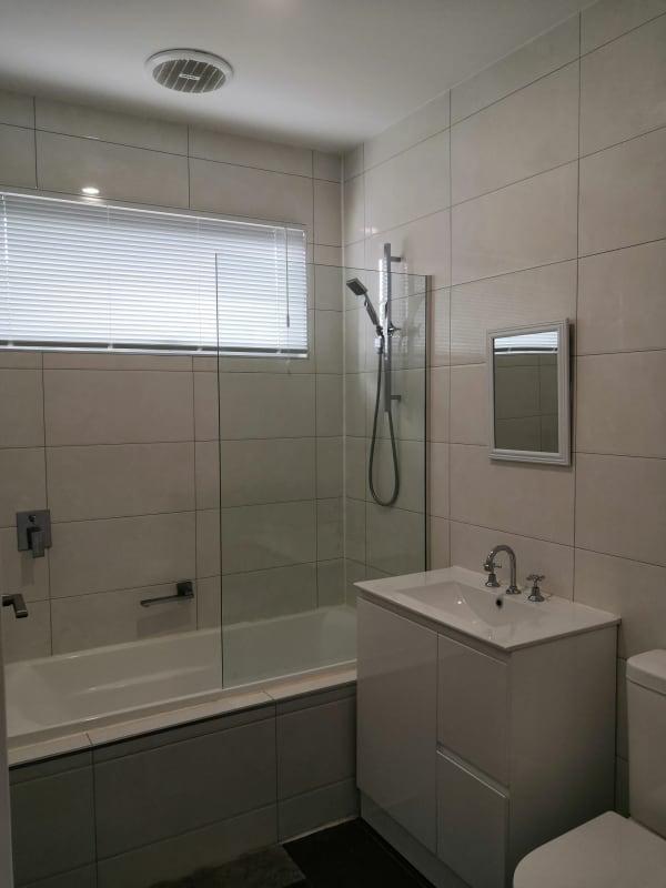 $850, Whole-property, 6 bathrooms, Crana Court, Chadstone VIC 3148