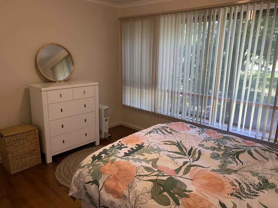 $300, Share-house, 4 bathrooms, Kidston Crescent, Curtin ACT 2605