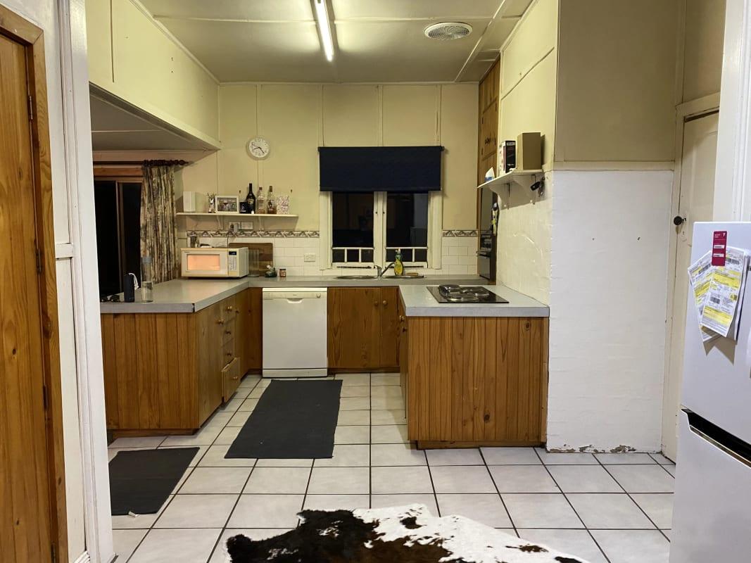 $175, Share-house, 3 bathrooms, Marsh Street, Uralla NSW 2358