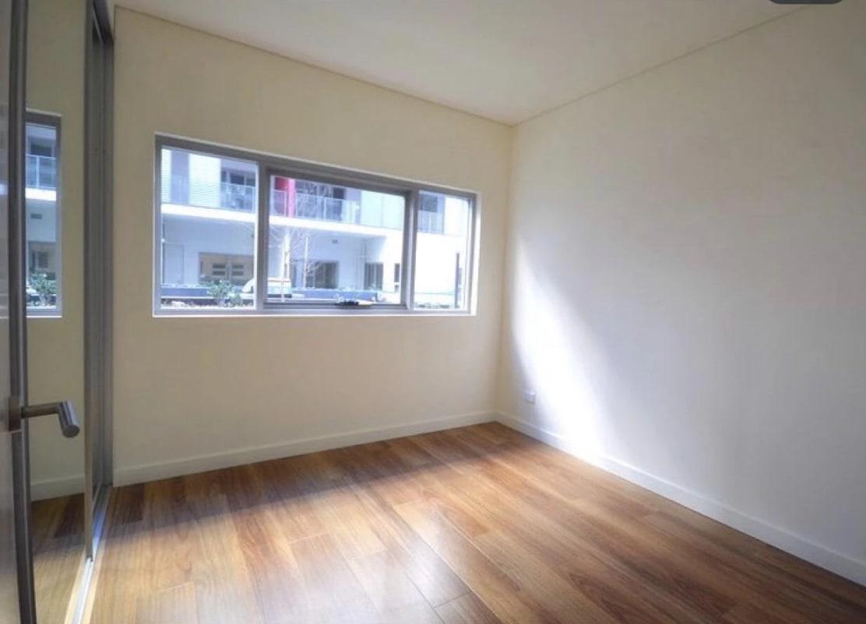 $270, Flatshare, 2 bathrooms, Arncliffe Street, Wolli Creek NSW 2205