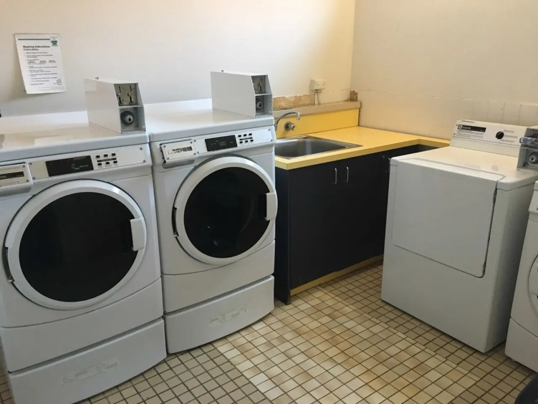 $200-220, Share-house, 2 rooms, Acland Street, St Kilda VIC 3182, Acland Street, St Kilda VIC 3182