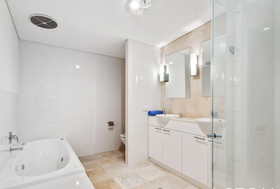 $200, Flatshare, 2 bathrooms, The Avenue, Crawley WA 6009