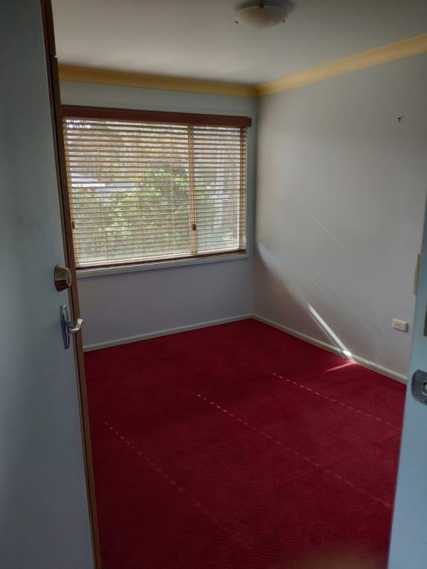 $200, Share-house, 3 bathrooms, Gerard Avenue, Farmborough Heights NSW 2526