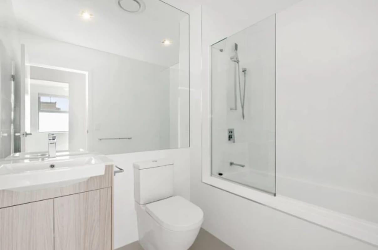 $175, Flatshare, 3 bathrooms, Durham Street, Coorparoo QLD 4151