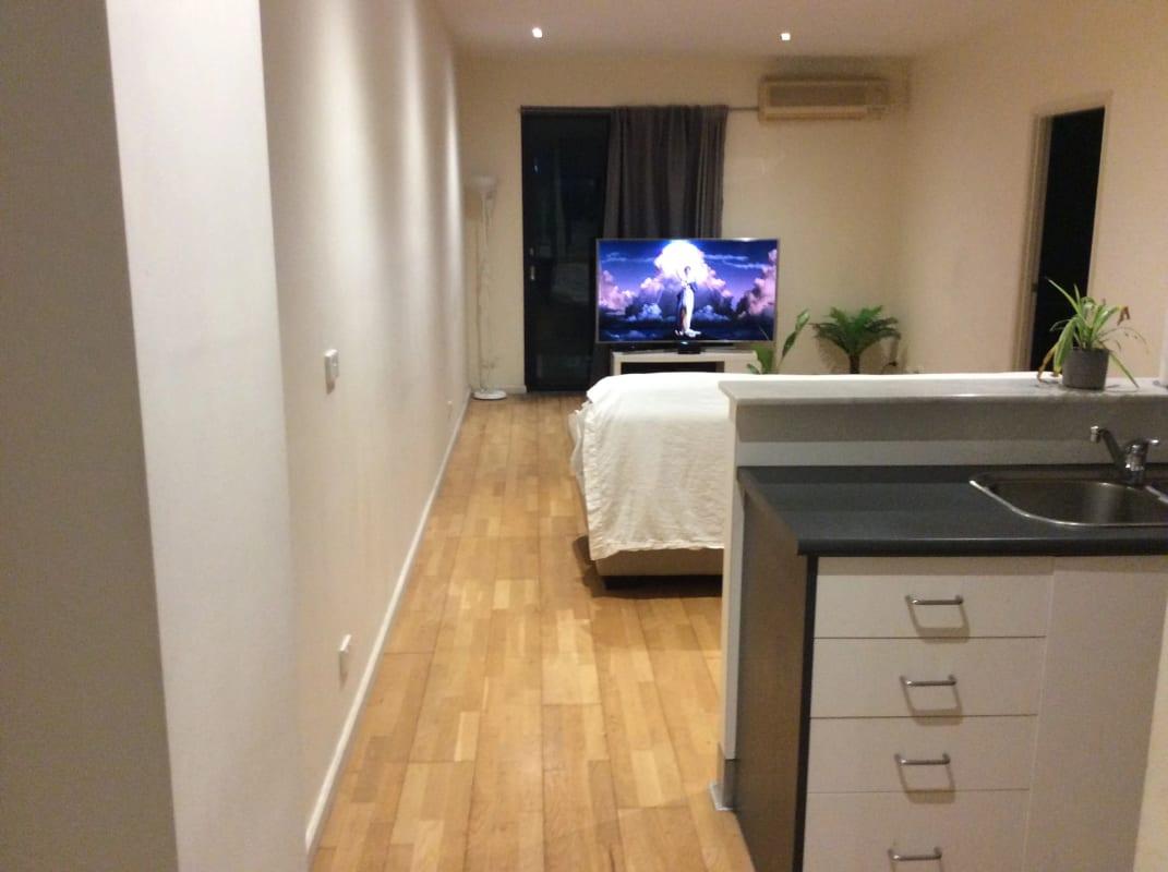 $210, Flatshare, 2 bathrooms, Franklin Street, Melbourne VIC 3000