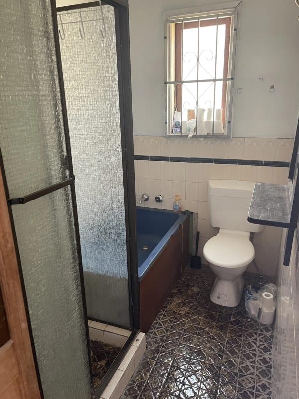 $350, Whole-property, 4 bathrooms, Smith Street, Tempe NSW 2044