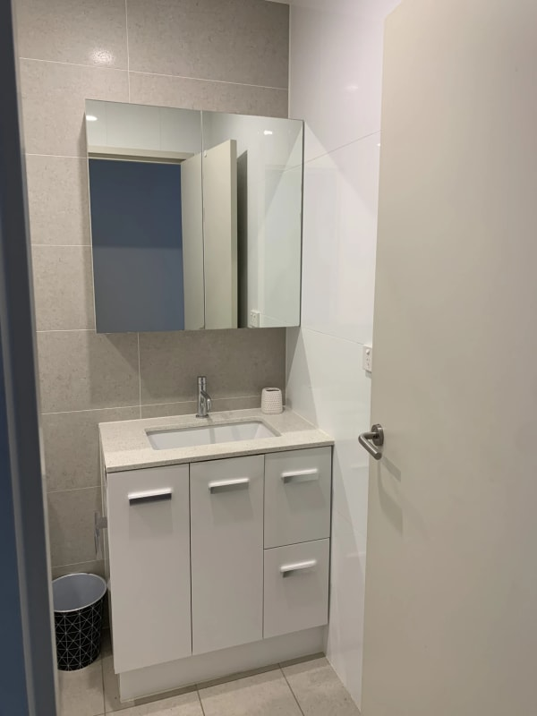 $240, Flatshare, 1 bathroom, Hume Highway, Bankstown NSW 2200