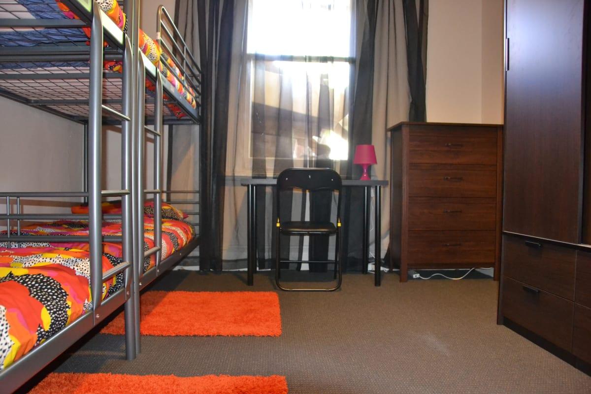 $100, Student-accommodation, 4 bathrooms, Drummond Street, Carlton VIC 3053