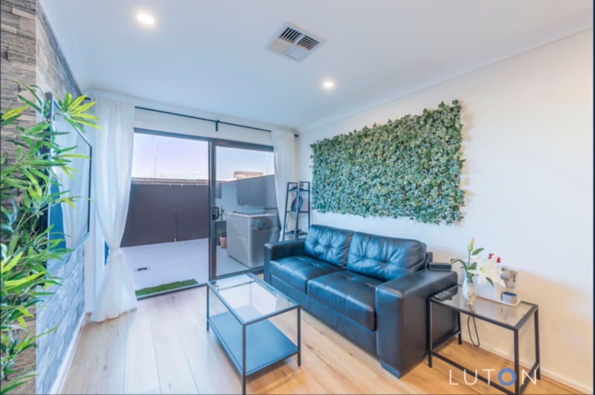 $215, Share-house, 4 bathrooms, John Gorton Drive, Coombs ACT 2611