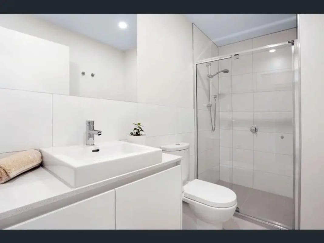 $185, Homestay, 2 bathrooms, Bell Street, Preston VIC 3072
