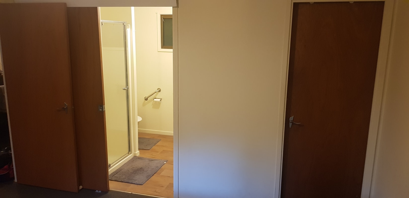 $270, Granny-flat, 1 bathroom, Nepean Street, Greensborough VIC 3088