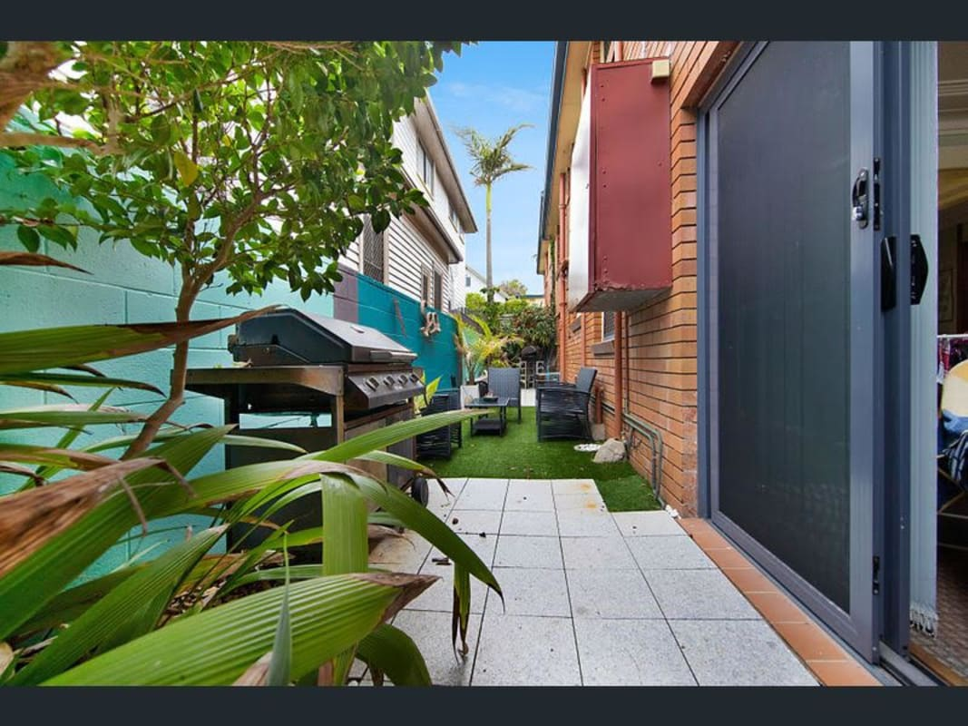 $170, Flatshare, 3 bathrooms, Helen Street, Merewether NSW 2291