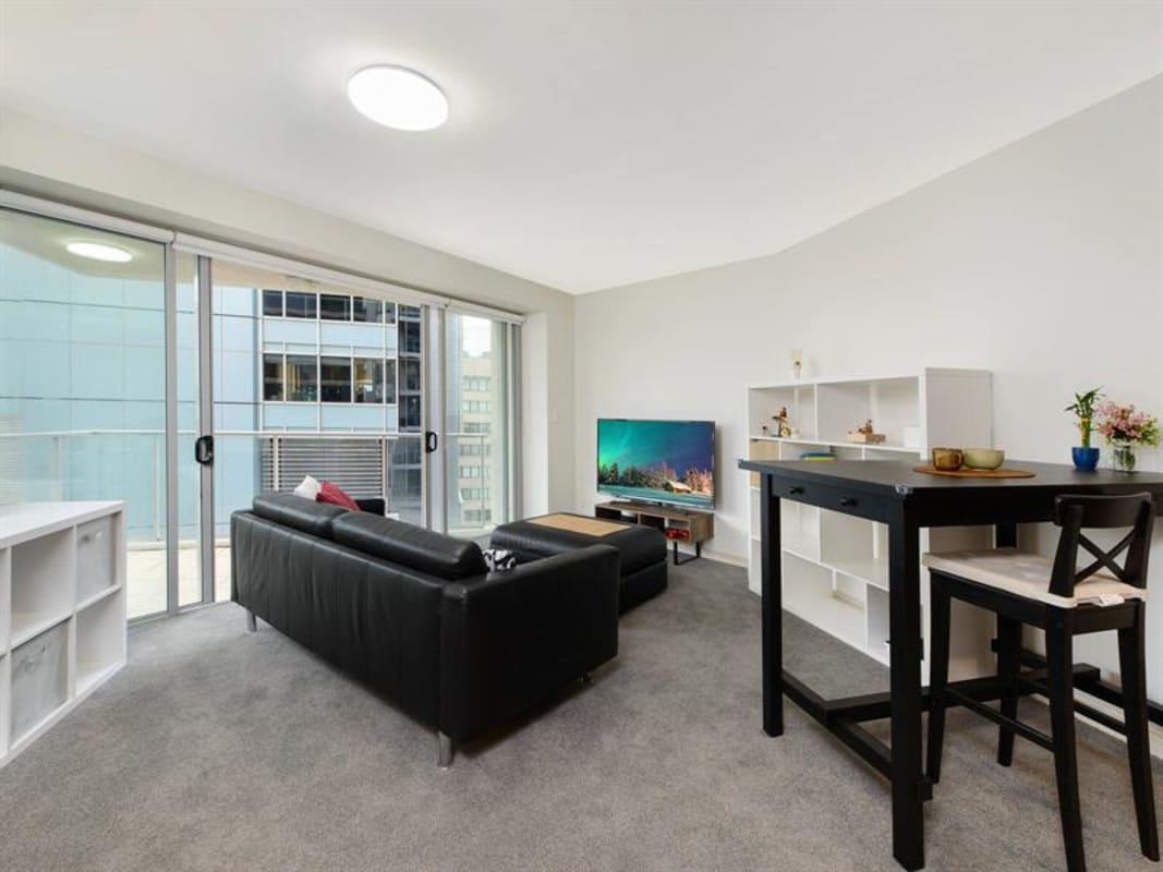 $250, Flatshare, 2 bathrooms, Berry Street, North Sydney NSW 2060