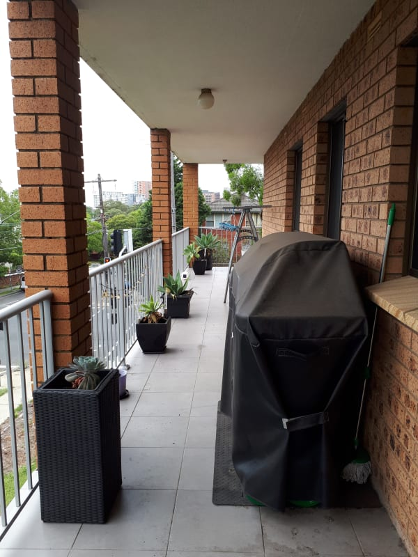 $240, Flatshare, 2 bathrooms, Queens Road, Hurstville NSW 2220