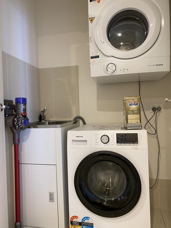 $375, Flatshare, 2 bathrooms, Devlin Street, Ryde NSW 2112