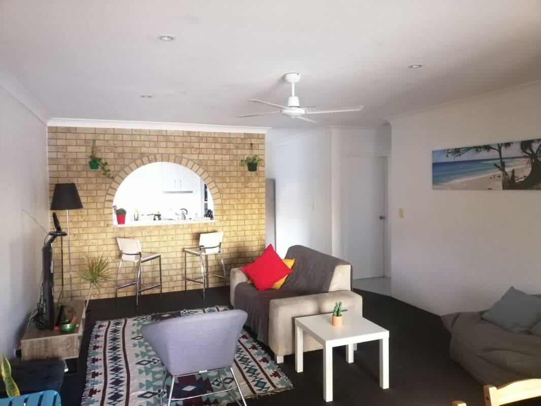 $165, Flatshare, 2 bathrooms, Duet Drive, Mermaid Waters QLD 4218