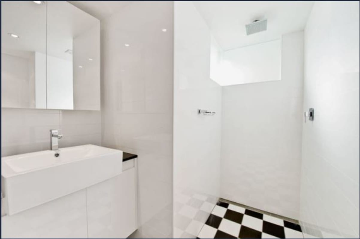 $285, Flatshare, 3 bathrooms, Chaleyer Street, Rose Bay NSW 2029