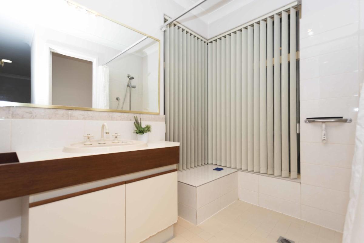 $210, Share-house, 2 bathrooms, Battye Road, Kardinya WA 6163