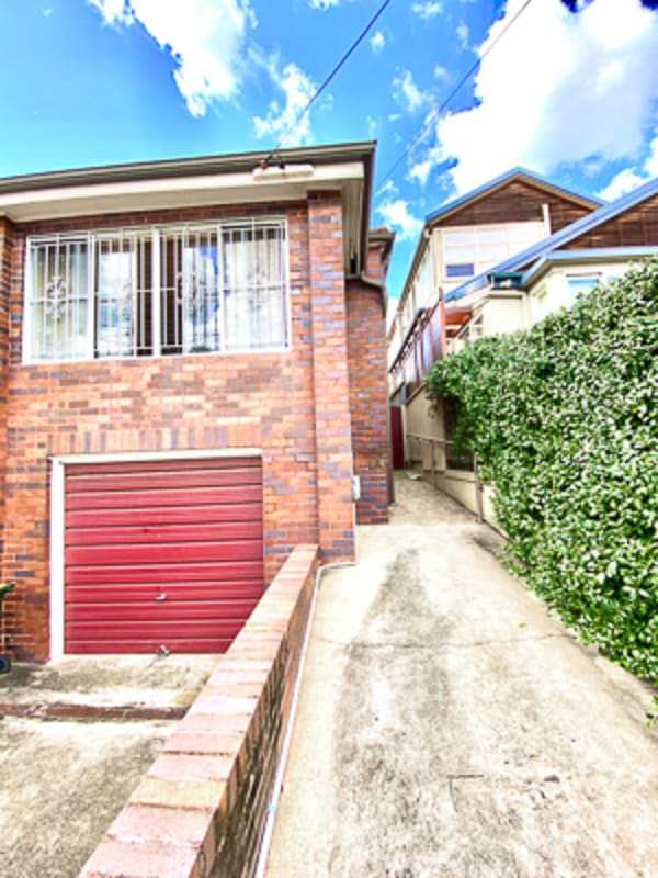 $300, Share-house, 2 bathrooms, Polyblank Parade, North Bondi NSW 2026