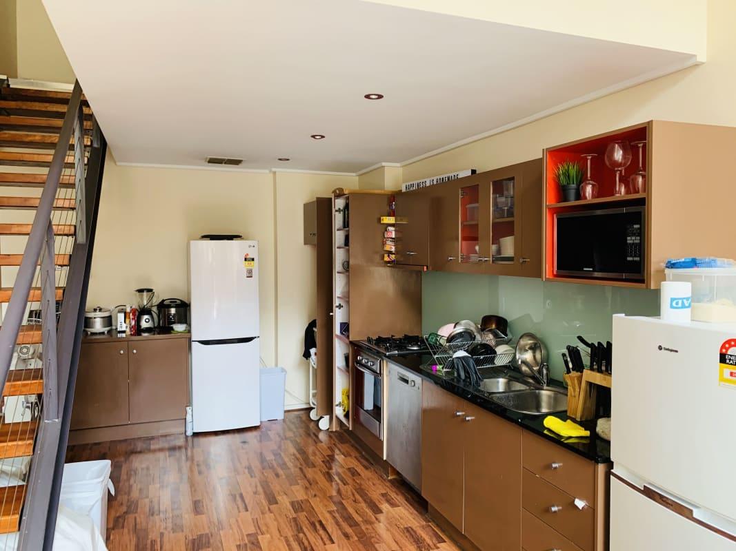 $280, Flatshare, 3 bathrooms, Wakefield Street, Adelaide SA 5000