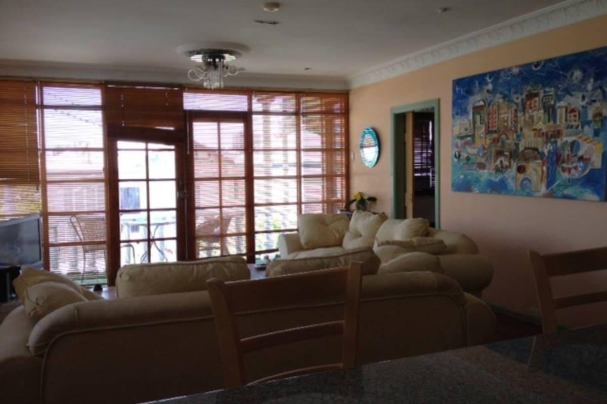 $190, Share-house, 3 bathrooms, Paris Street, West End QLD 4101