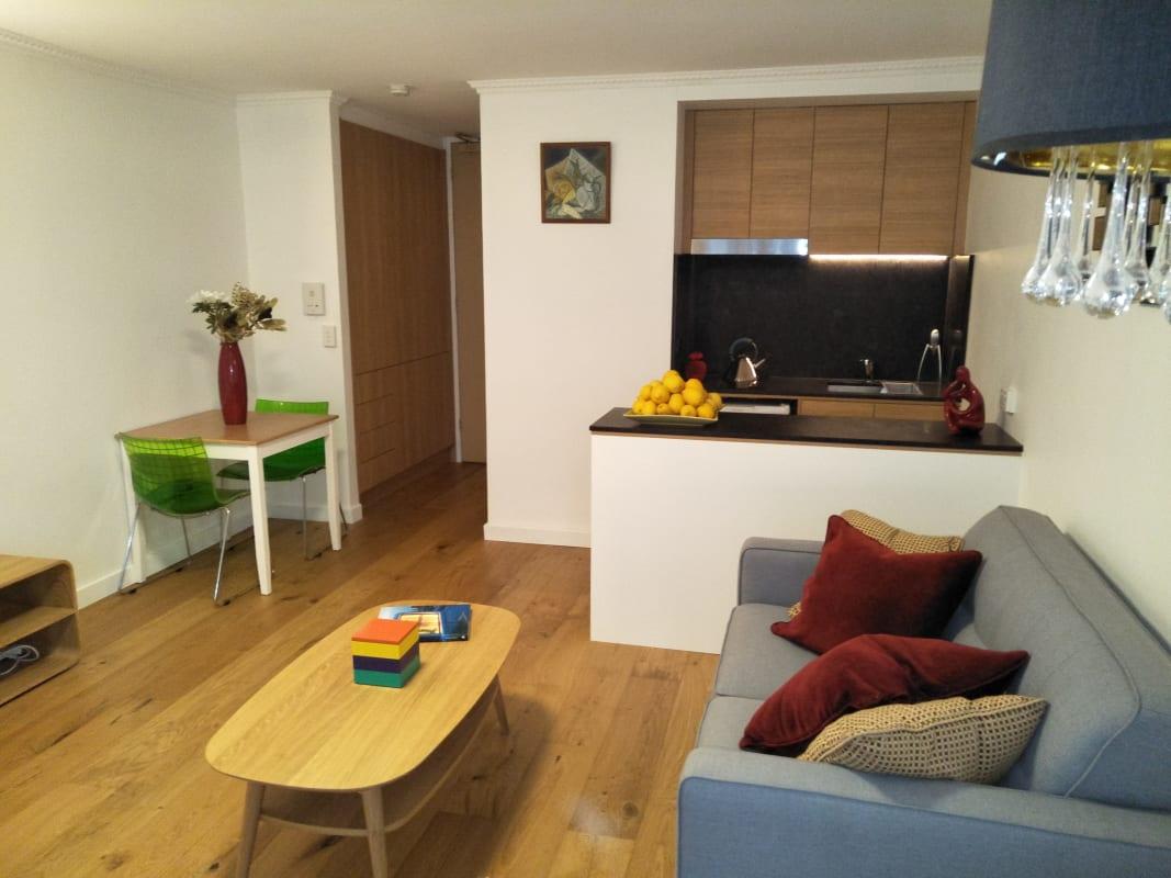 $320, Studio, 1 bathroom, Canterbury Road, Toorak VIC 3142