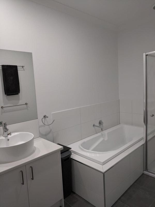 $180, Flatshare, 2 bathrooms, Vockensohn Place, Epping VIC 3076