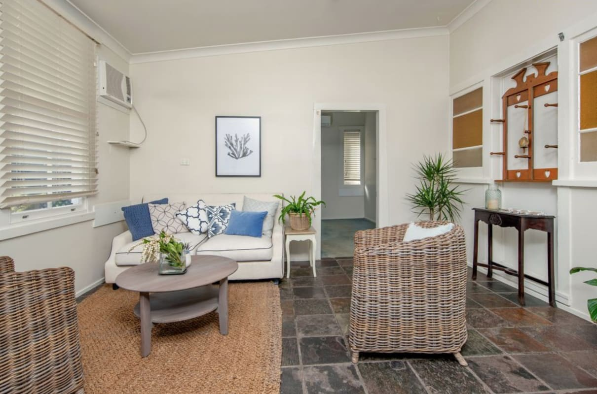 $180, Share-house, 5 bathrooms, Burwood Street, Merewether NSW 2291