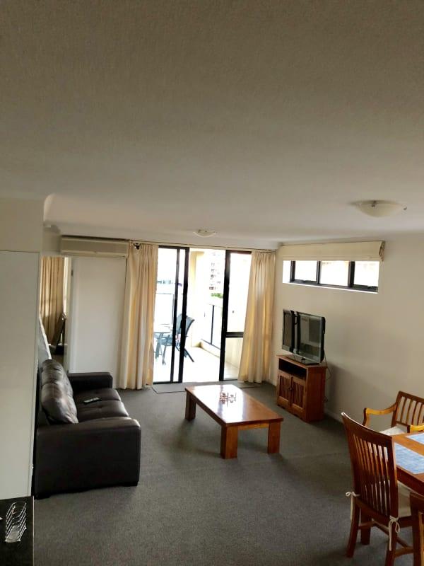 $235, Flatshare, 3 bathrooms, Wickham Terrace, Spring Hill QLD 4000