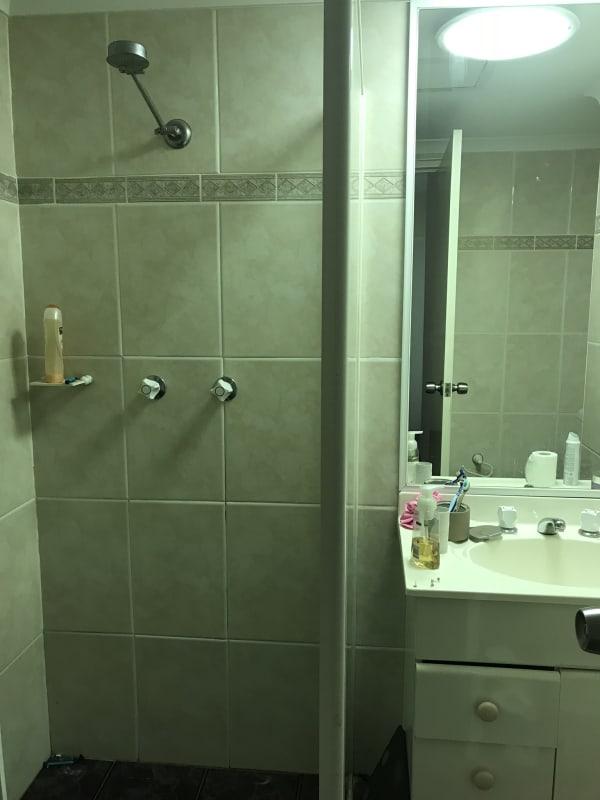 $280, Flatshare, 2 bathrooms, Pacific Highway, Artarmon NSW 2064
