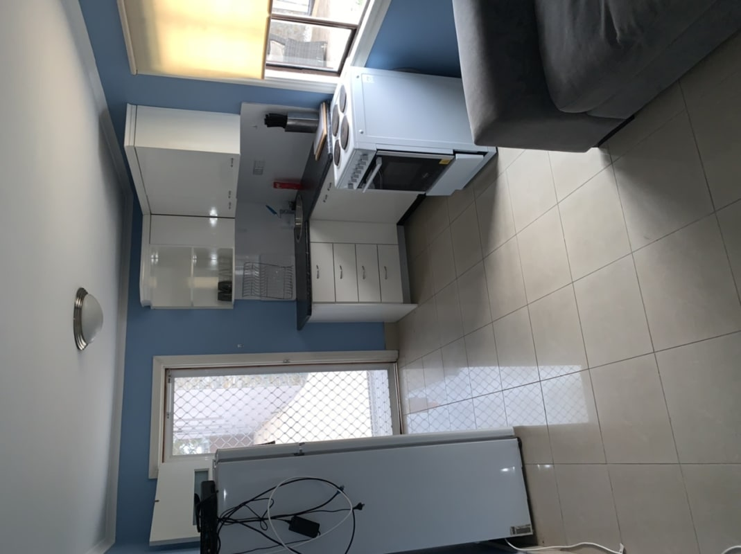 $350, Granny-flat, 1 bathroom, Forest Road, Arncliffe NSW 2205