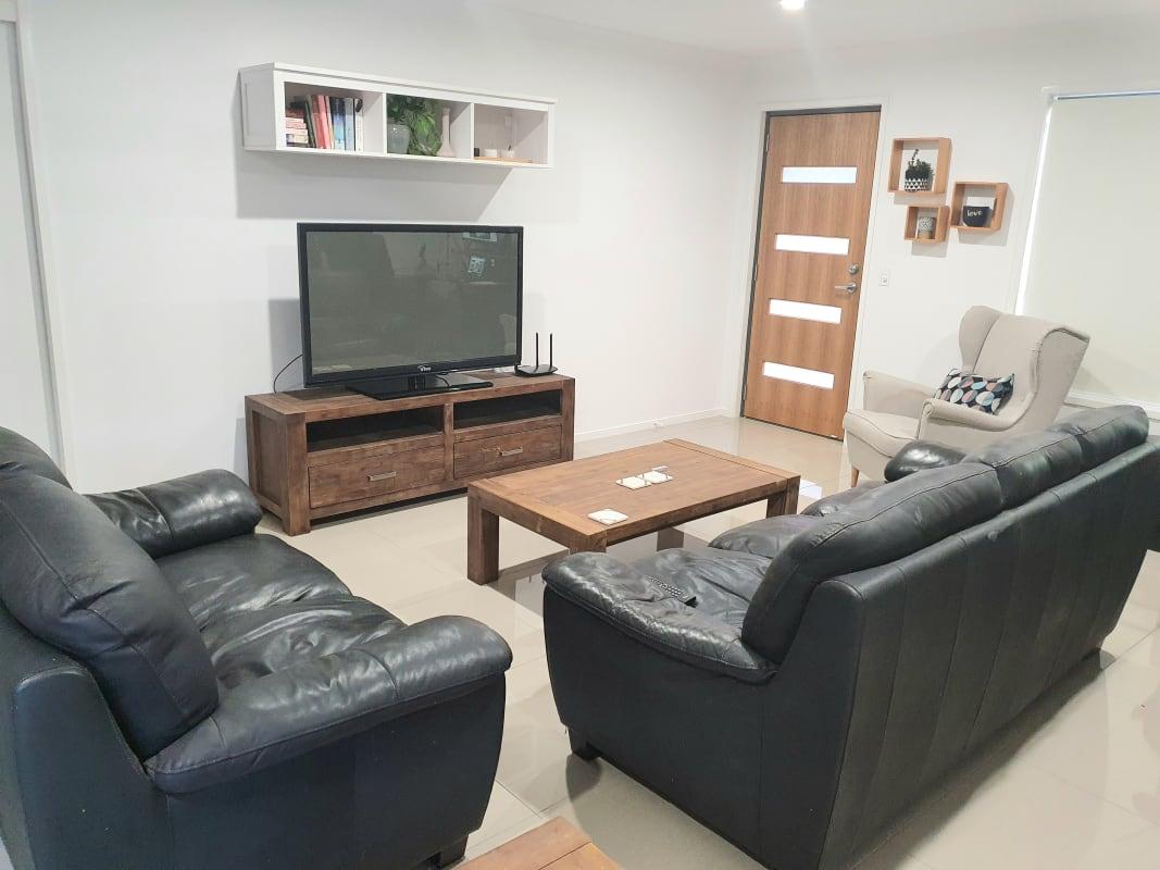 $150, Flatshare, 3 bathrooms, Yarrawonga Street, Calamvale QLD 4116