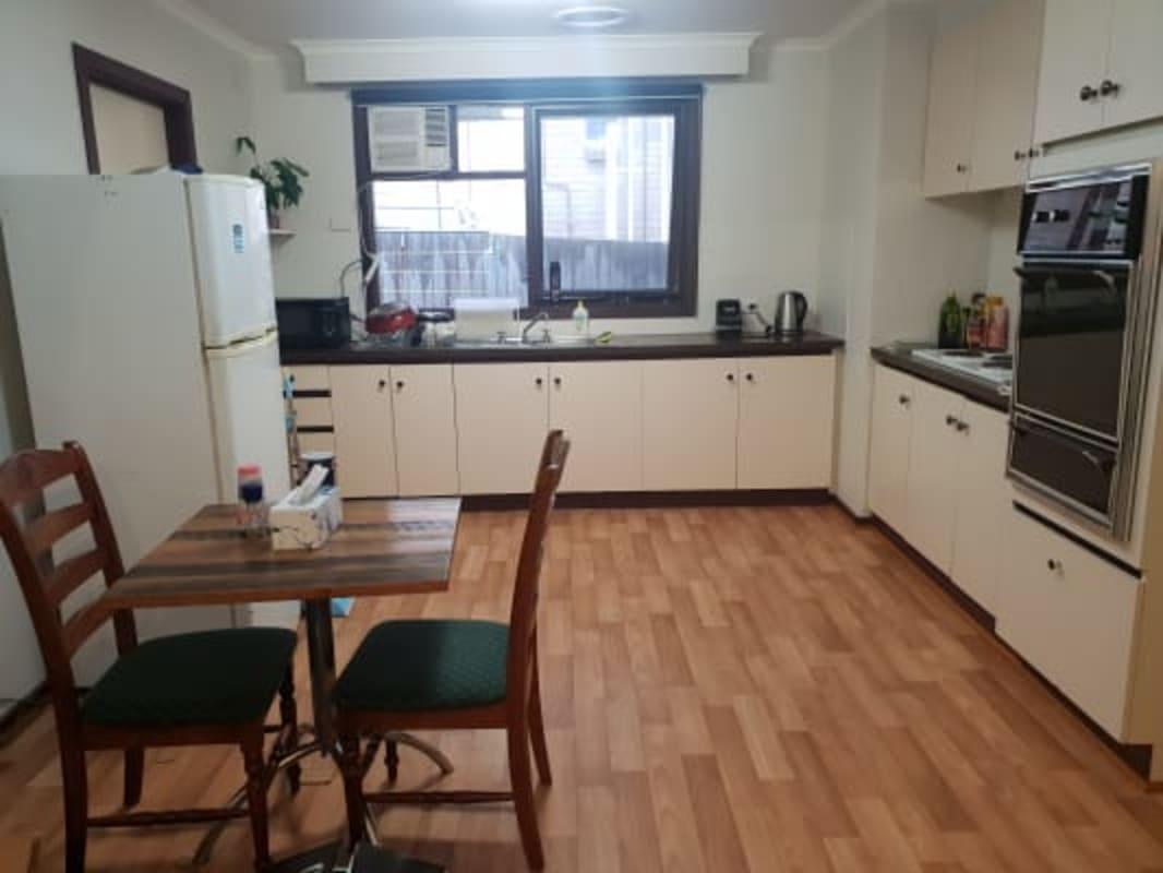 $170, Share-house, 2 bathrooms, Moreland Road, Brunswick West VIC 3055