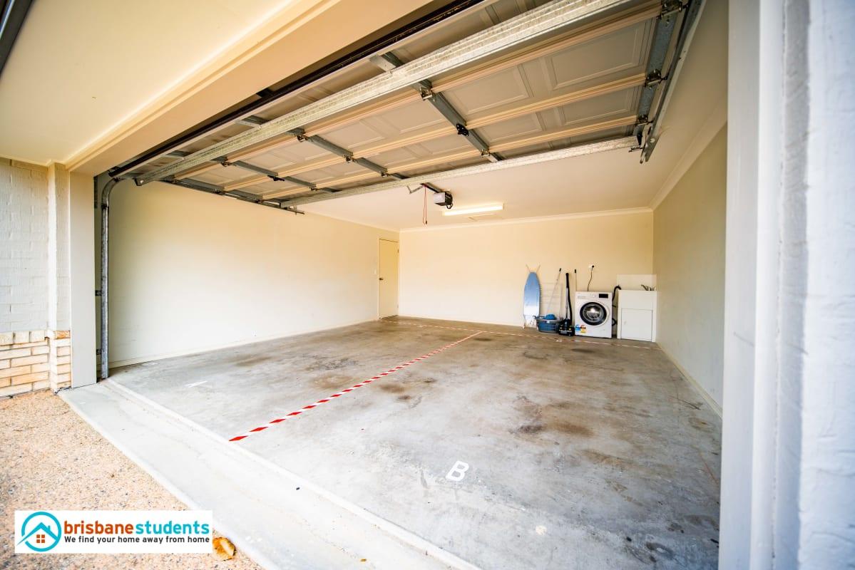 $165, Share-house, 5 bathrooms, Gardenia Circuit, Heathwood QLD 4110