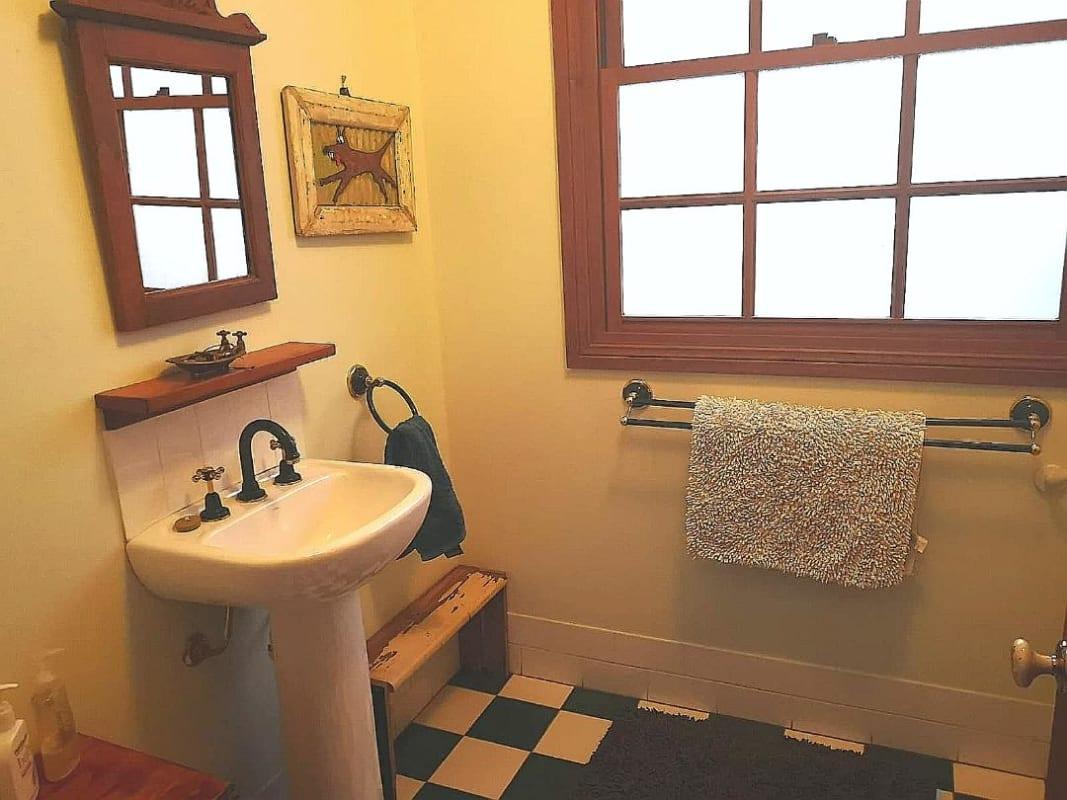 $220, Share-house, 4 bathrooms, Narrow Neck Road, Katoomba NSW 2780