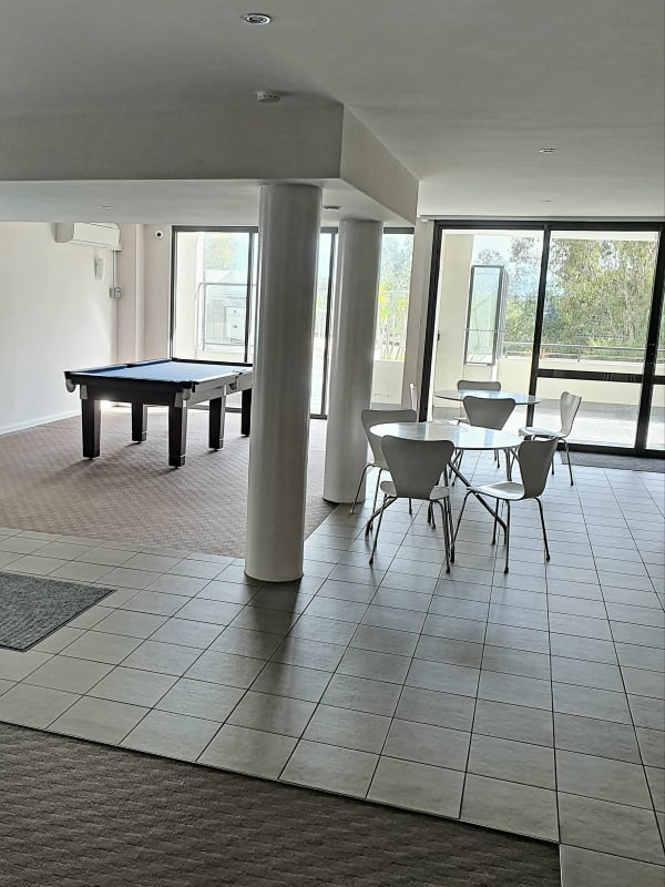 $250, Flatshare, 3 bathrooms, Tanunda Drive, Rivervale WA 6103