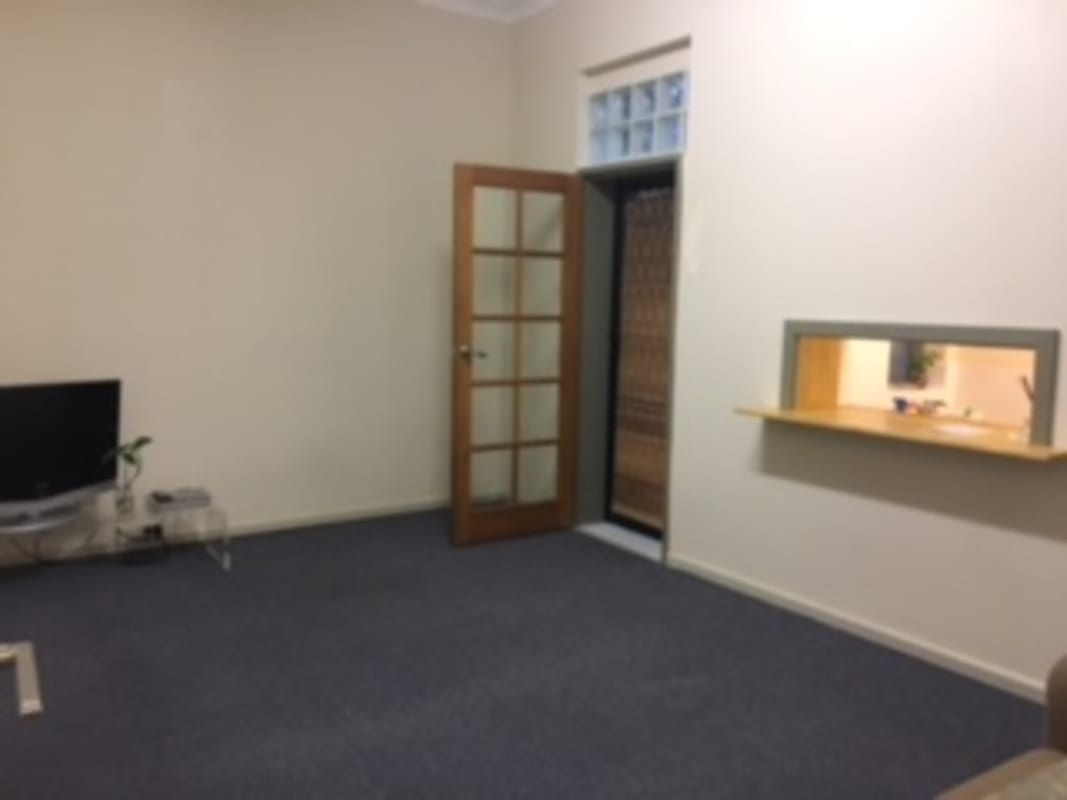 $300, Whole-property, 2 bathrooms, Darling Street, Rozelle NSW 2039