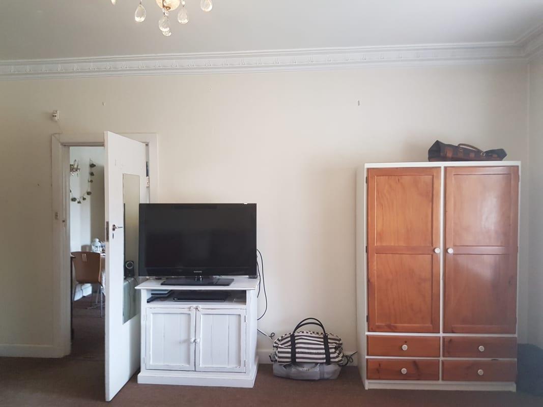 $240, Flatshare, 2 bathrooms, Lansdowne Road, Saint Kilda East VIC 3183