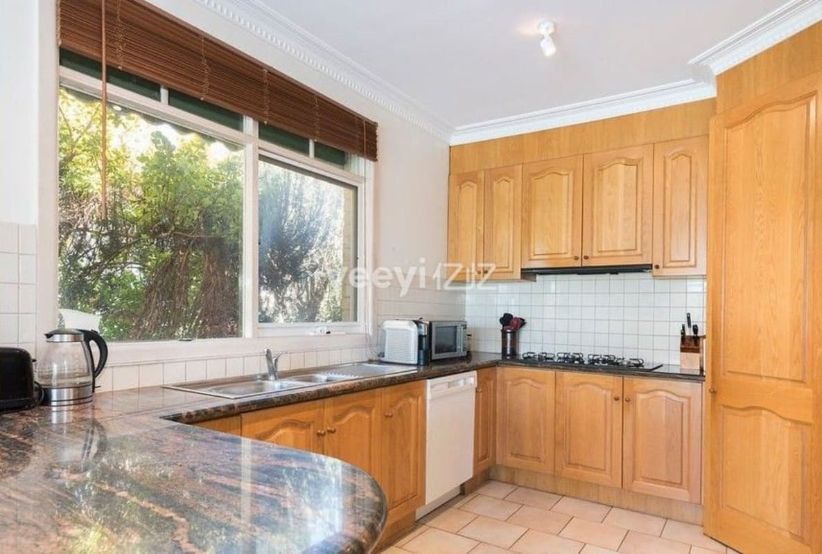 $190, Share-house, 2 rooms, Belmore Road, Balwyn North VIC 3104, Belmore Road, Balwyn North VIC 3104