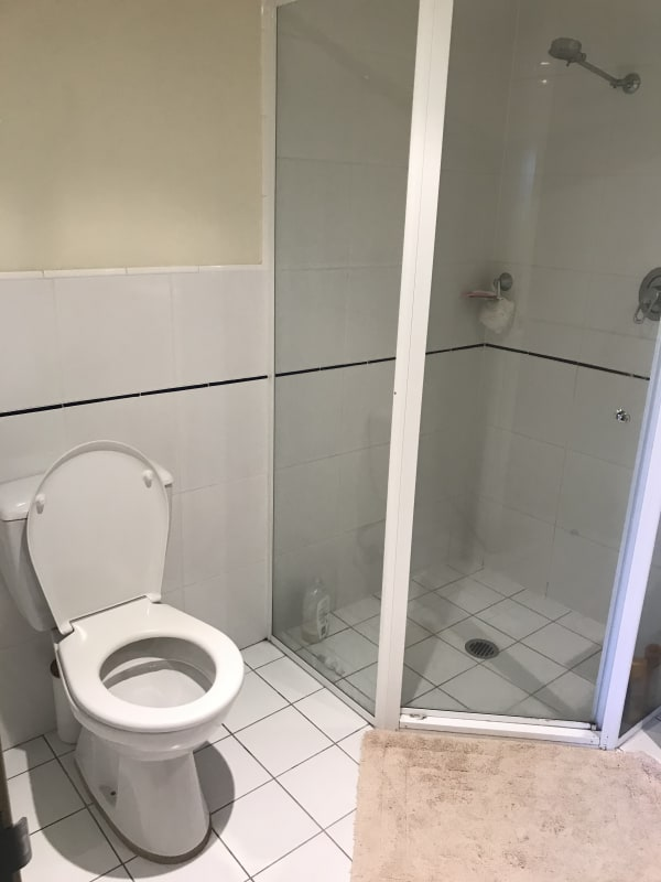 $250, Flatshare, 2 bathrooms, King Street, Newcastle NSW 2300