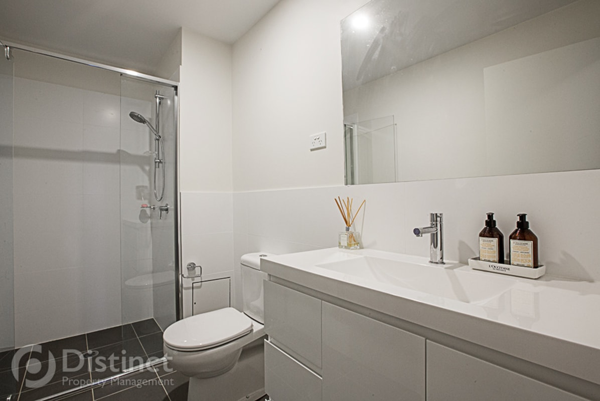 $240, Share-house, 2 bathrooms, Peter Cullen Way, Wright ACT 2611
