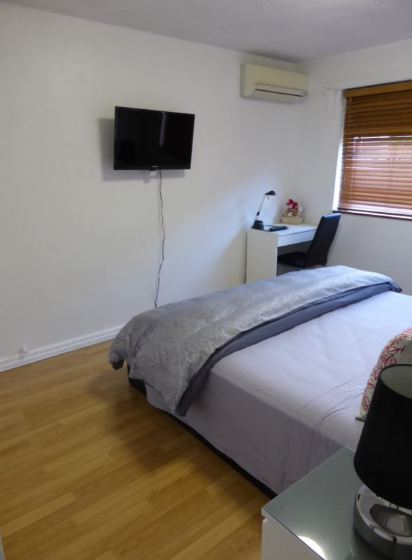 $250, Whole-property, 2 bathrooms, Brook Street, South Brisbane QLD 4101
