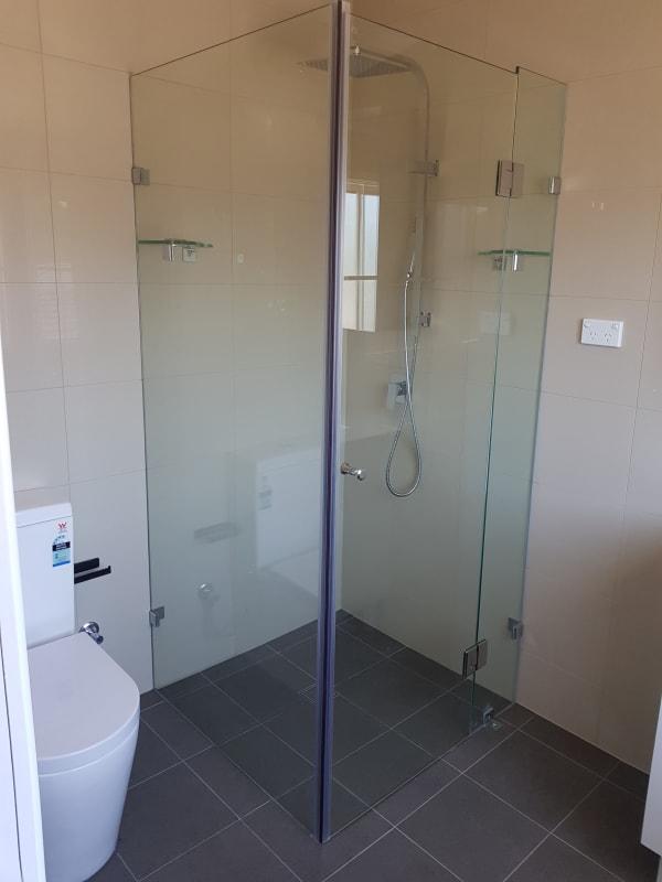 $220, Share-house, 4 bathrooms, Blackman Parade, Unanderra NSW 2526