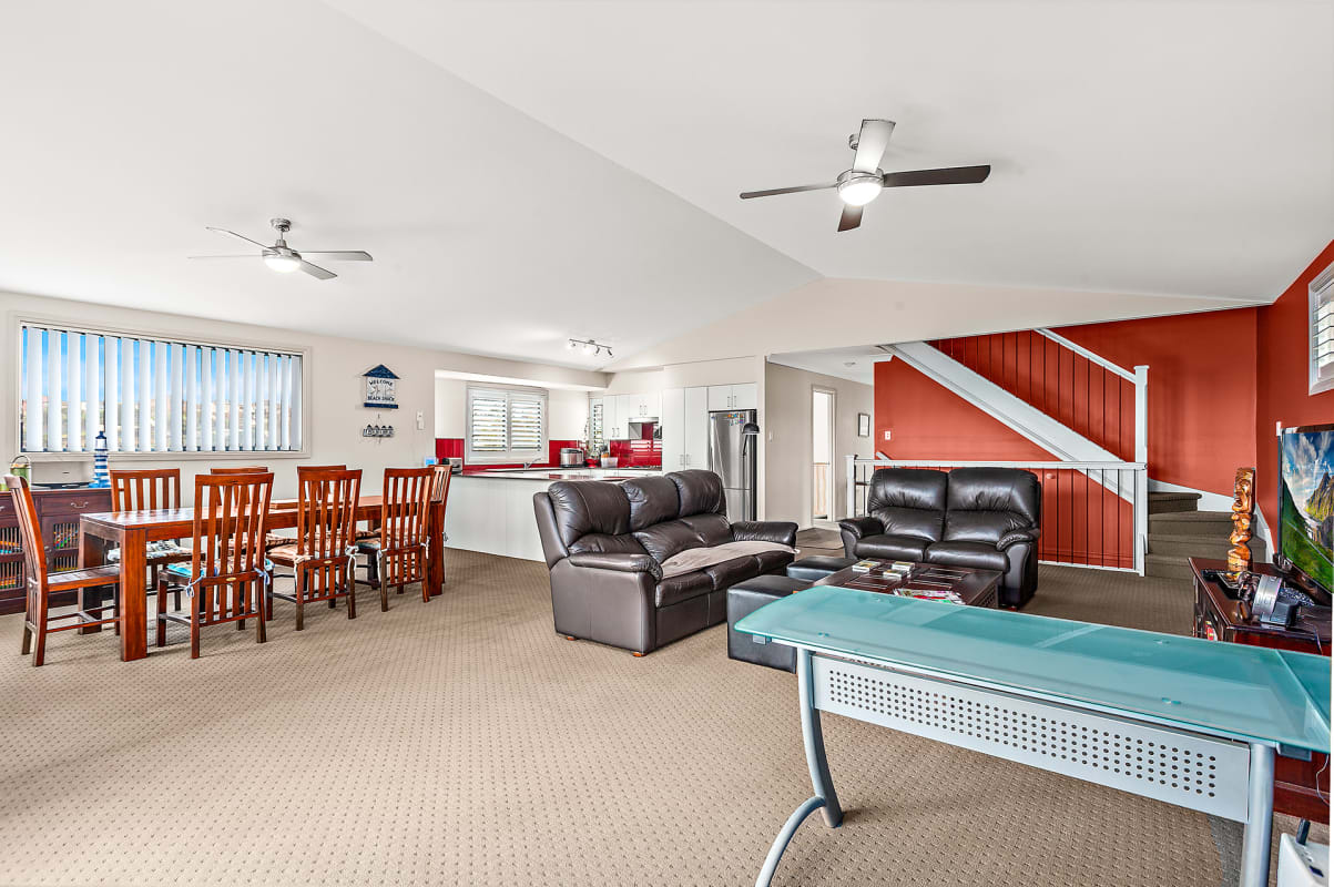 $220, Share-house, 4 bathrooms, Shearwater Drive, Lake Heights NSW 2502