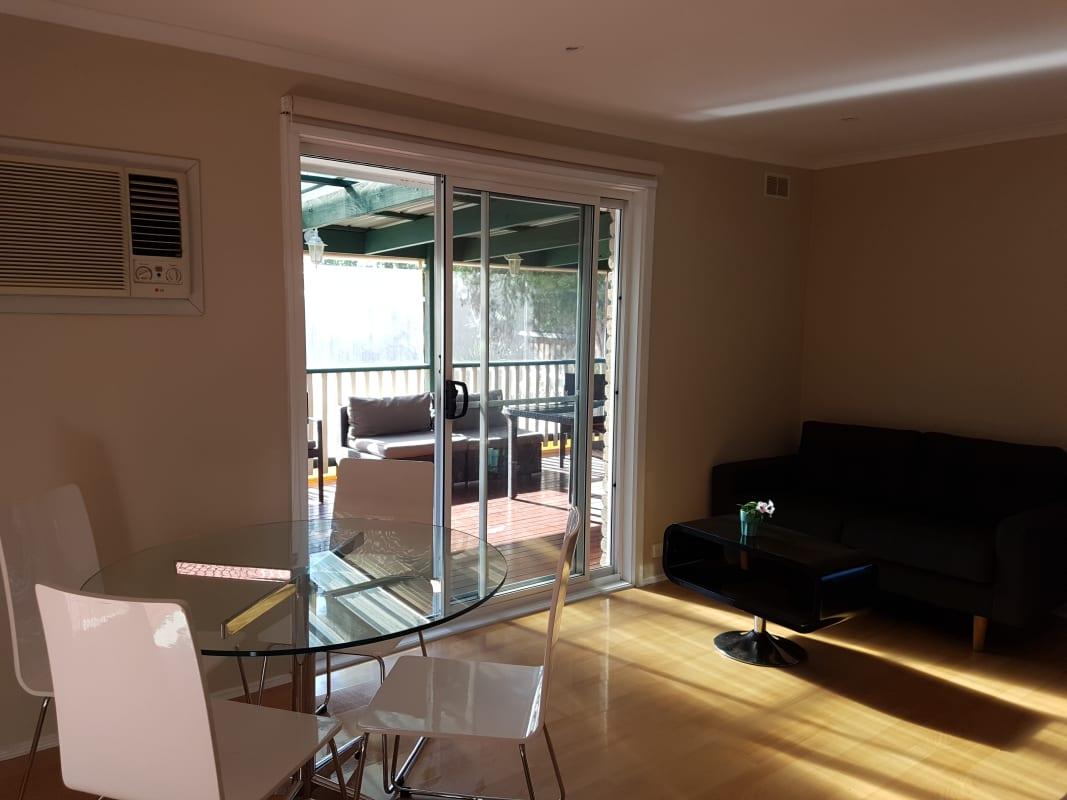 $190, Share-house, 4 bathrooms, Buckmaster Drive, Mill Park VIC 3082