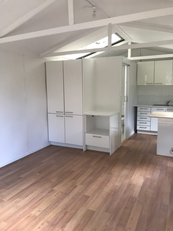$325, Studio, 1 bathroom, Fulton Road, Mount Eliza VIC 3930